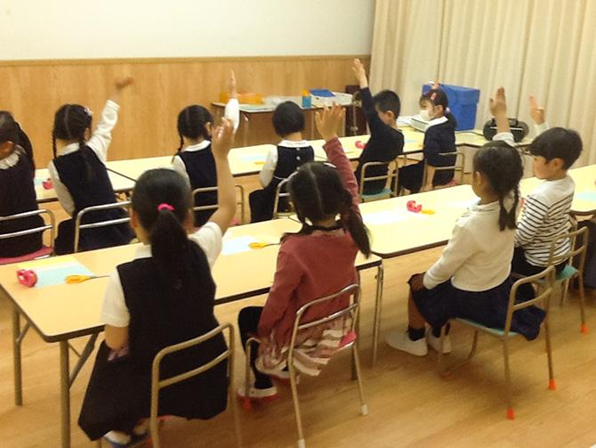 年長コースの授業風景[2016年4月・池袋校] (3)